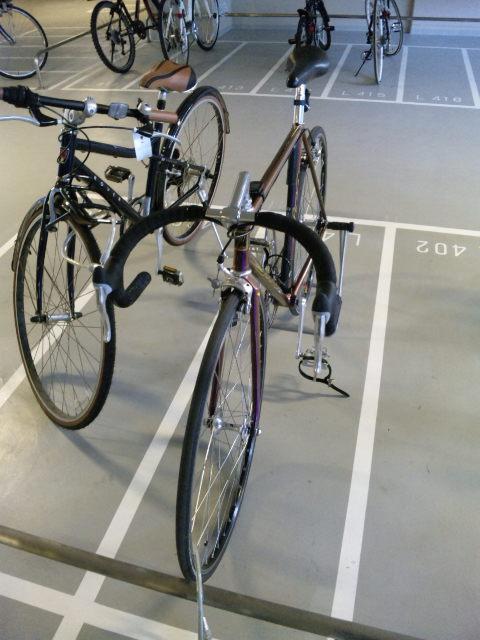 駐輪場…。